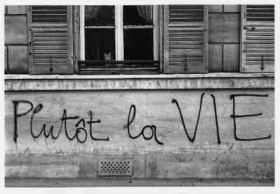 20120519154915-edouard-boubat-paris-mai-1968.jpg