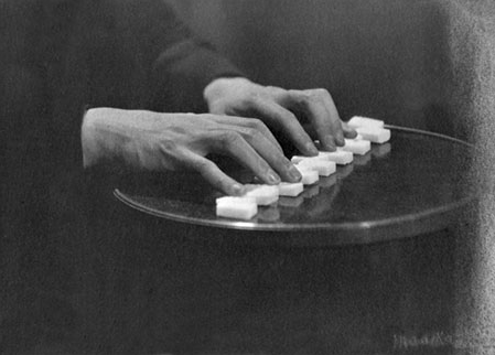 20140127111044-man-ray-hands.jpg