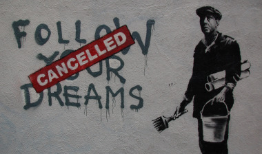 20140629140824-banksy-follow-your-dreams.jpg